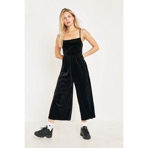 [Urban Outfitters] Velvet Straight-Neck Jumpsuit